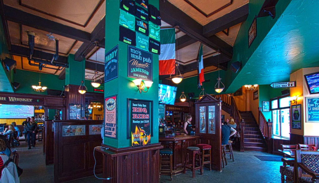 milwaukees-irish-pub-downtown-1024x587
