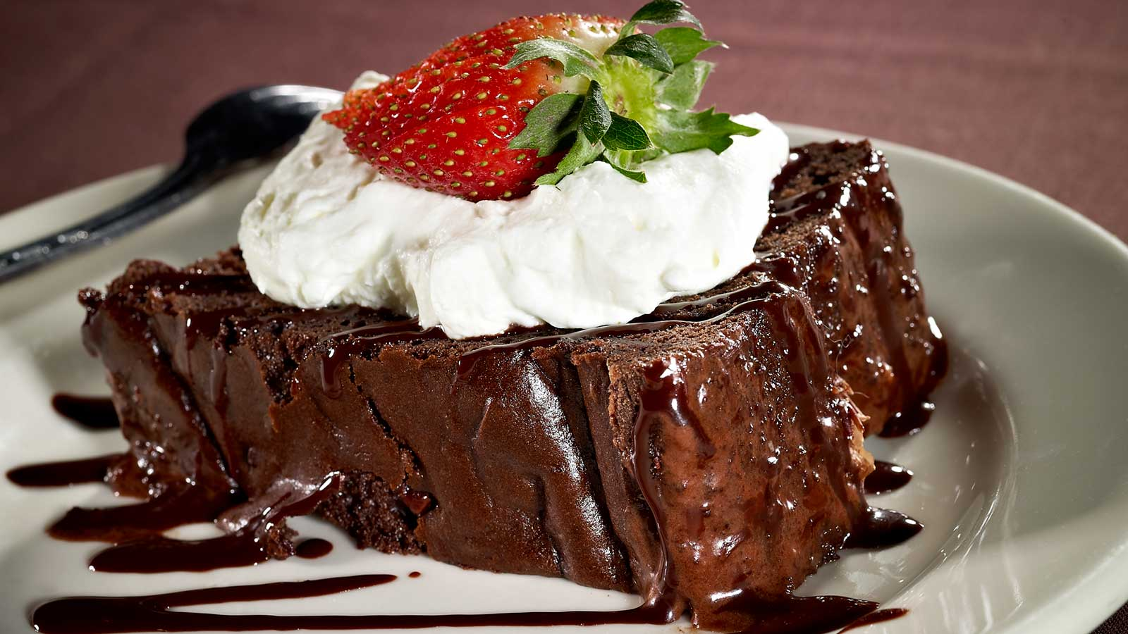 steakhouse-menu-favorites-cake