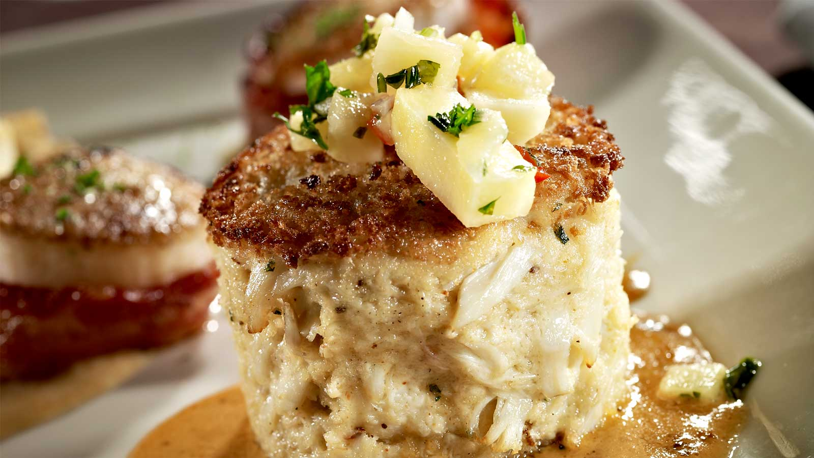 steakhouse-menu-favorites-crabcake
